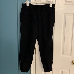 Gap canvas jogger pants